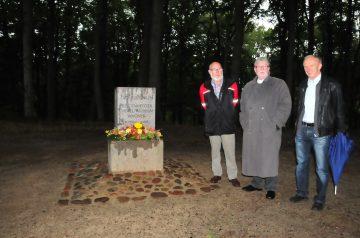 Gedenkstein für den Raddas-Vater