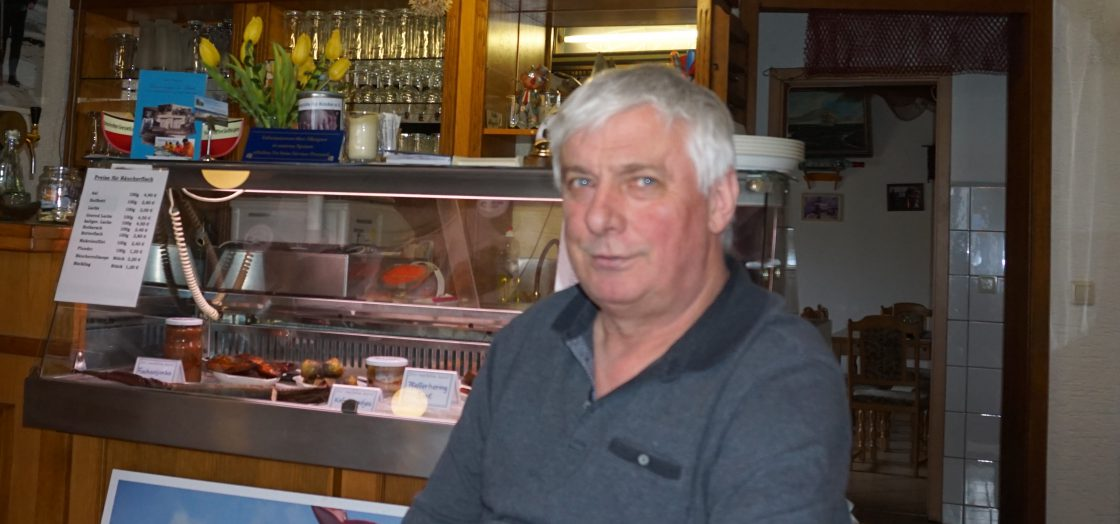 Roberto Brandt in seinem Restaurant in Baabe